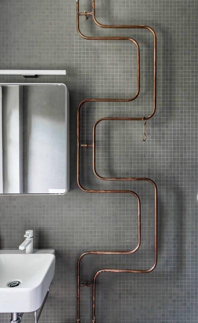impianto idraulico con tubi a vista